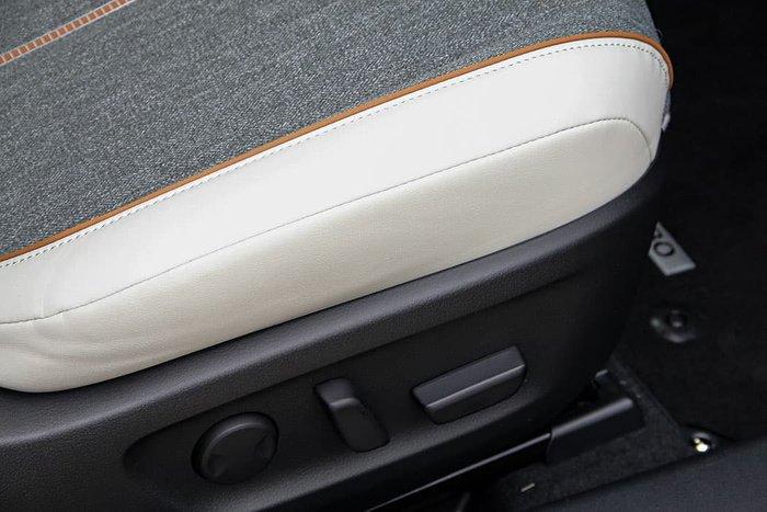2021 Mazda MX-30 G20e Touring DR Series Arctic White