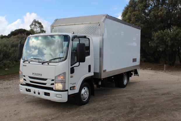 2016 Isuzu NNR 45 150 CAR LICENCE WHITE