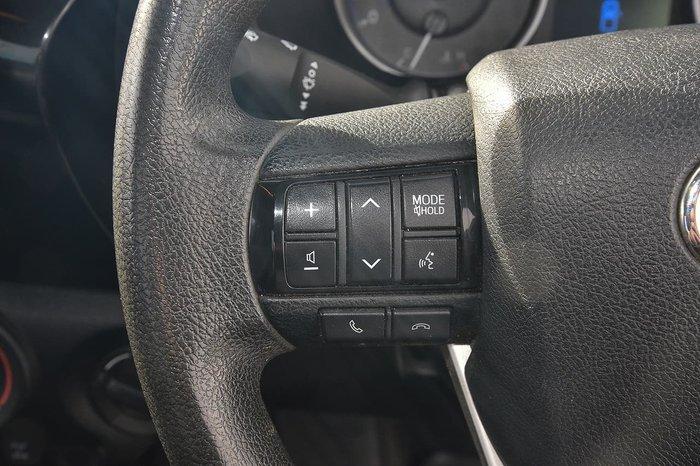 2015 Toyota Hilux SR GUN126R 4X4 Dual Range Silver