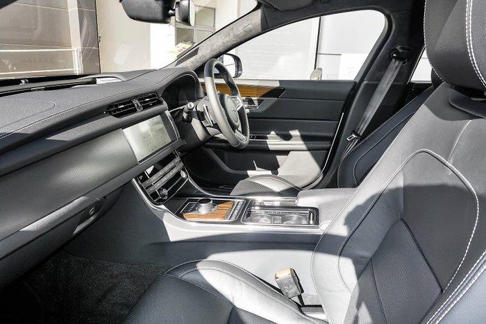 2020 Jaguar XF 25t Chequered Flag X260 MY20 Yulong White
