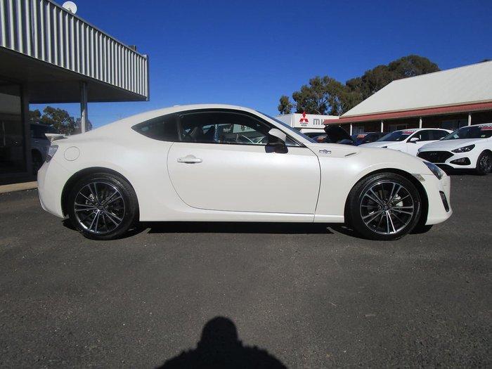 2014 Toyota 86 GTS ZN6 MY15 White