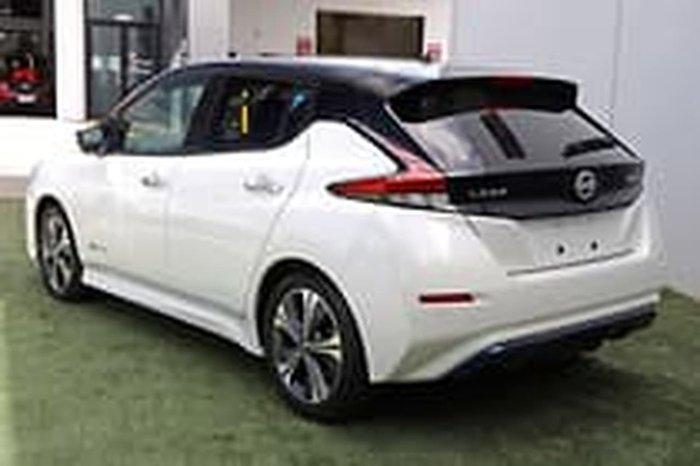 2019 Nissan LEAF ZE1 White