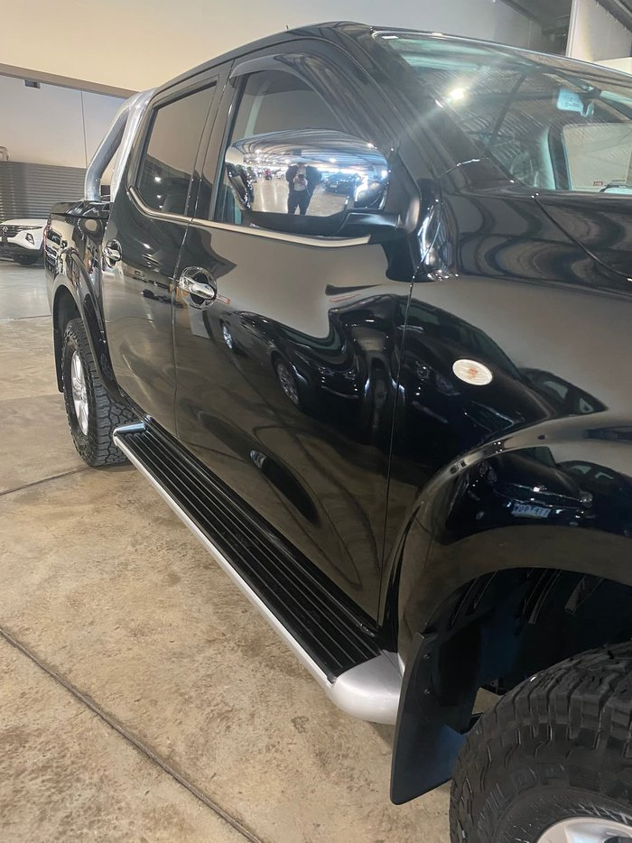 2017 Nissan Navara ST D23 Series 2 4X4 Dual Range Black