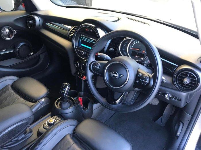 2019 MINI Hatch Cooper F55 LCI Silver
