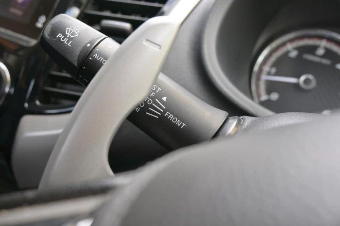 2016 Mitsubishi Triton Exceed MQ MY17 4X4 Dual Range Sterling Silver