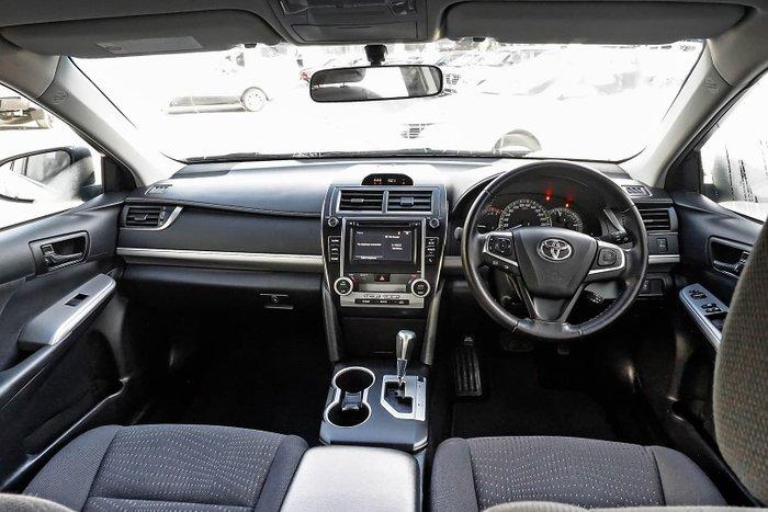 2015 Toyota Camry Atara S ASV50R Silver Pearl