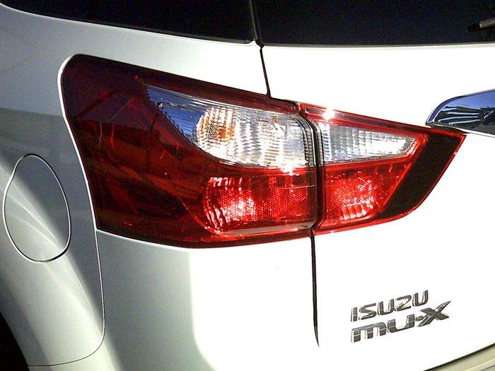 2016 Isuzu MU-X LS-M MY15 White