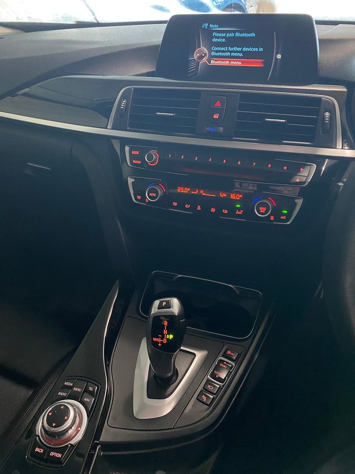 2017 BMW 3 Series 318i Sport Line F30 LCI Blue