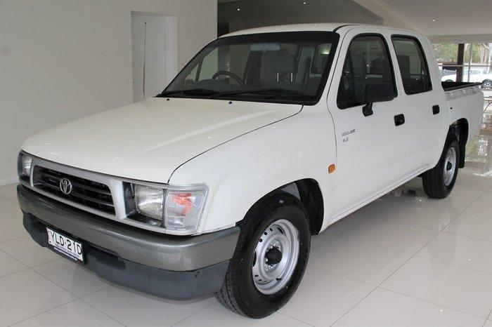 2000 Toyota Hilux RZN149R White