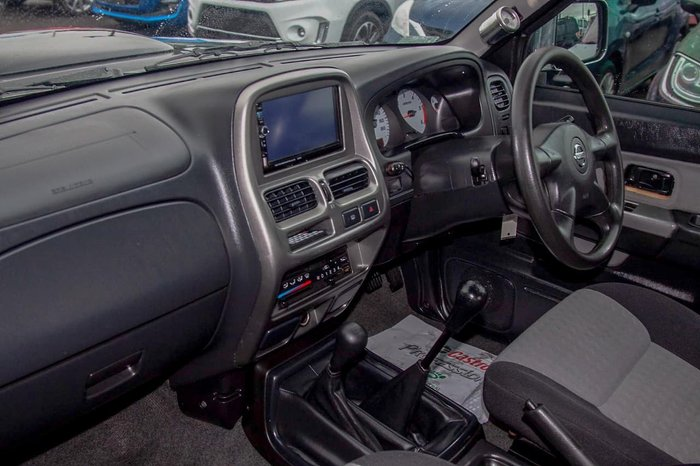2014 Nissan Navara ST-R D22 S5 4X4 Dual Range Black