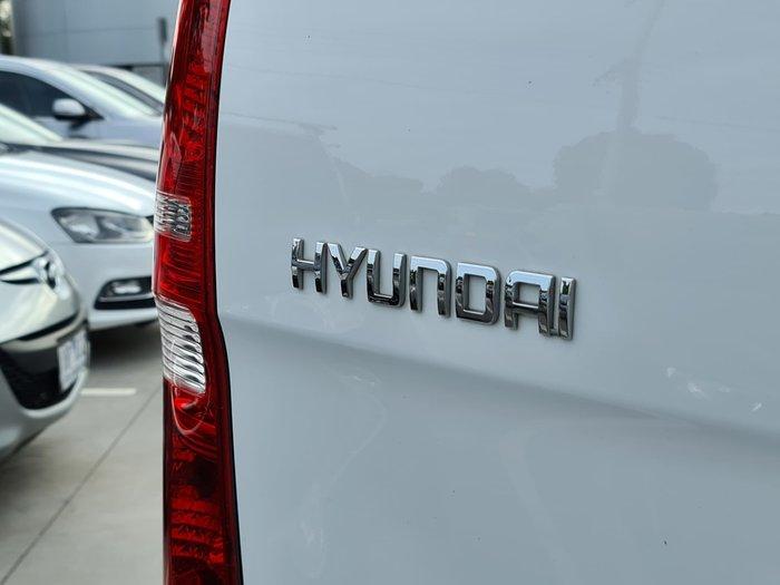 2016 Hyundai iLoad TQ3-V Series II MY16 Creamy White
