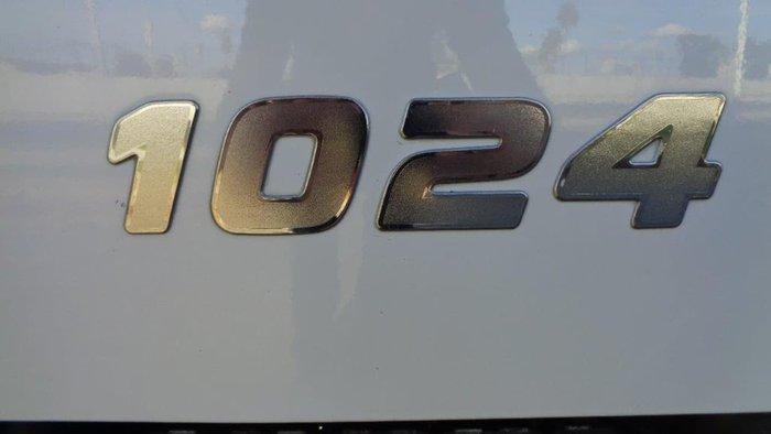 2011 HINO 500 SERIES White