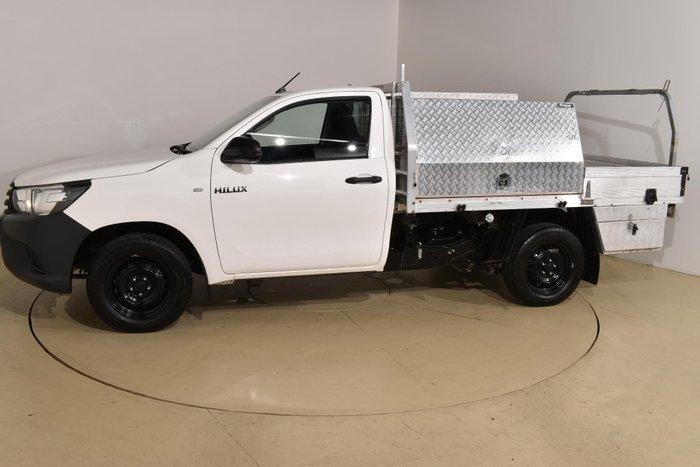 2015 Toyota Hilux Workmate TGN121R Glacier White