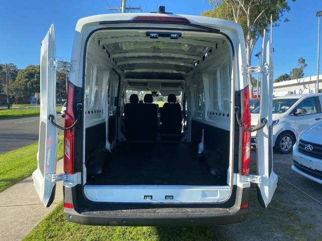 2021 LDV Deliver 9 MID ROOF LONG WHEELB MY21 BLANC WHITE