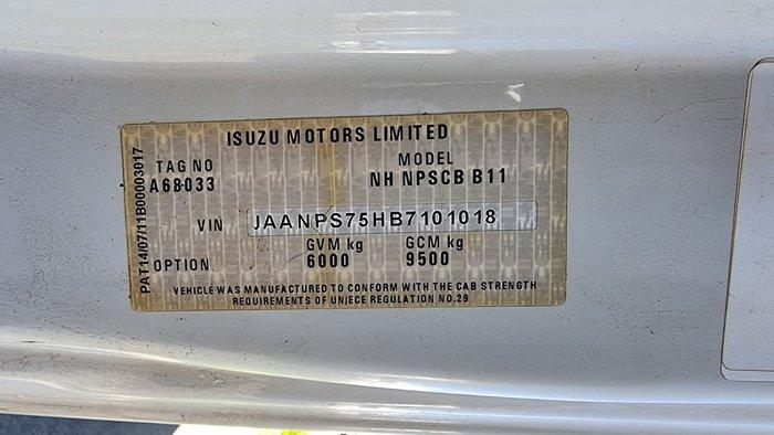 2012 ISUZU NPS300 WHITE