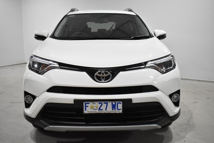 2017 Toyota RAV4 GXL ZSA42R White