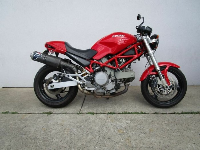2005 DUCATI Monster 620