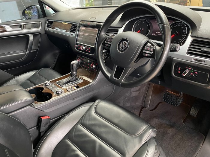 2014 Volkswagen Touareg V6 TDI 7P MY14 Four Wheel Drive Canyon Grey