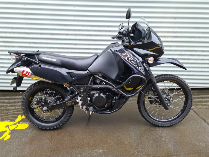 2018 Kawasaki KLR650 KLR Metallic Spark Black/Metallic Matte Carbon Grey or Candy Solar Yellow/Ebony