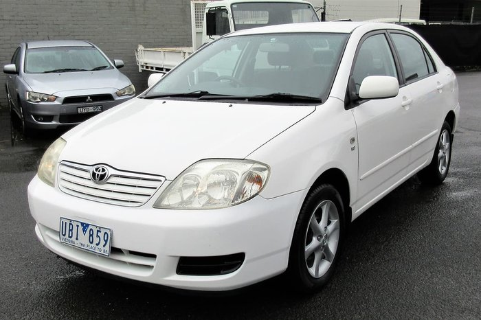 2005 Toyota Corolla Conquest ZZE122R White