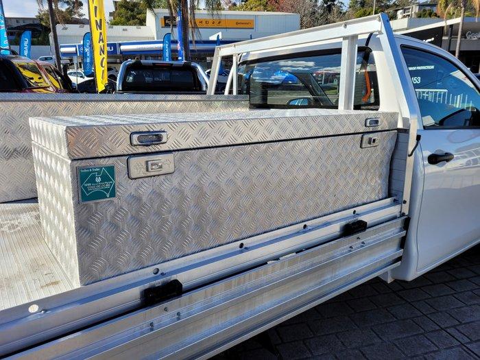 2019 Toyota Hilux Workmate TGN121R Glacier White