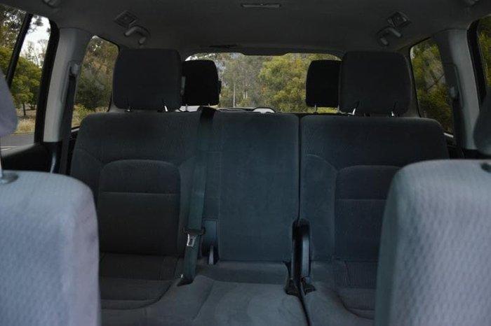 2013 Toyota Landcruiser GXL VDJ200R MY12 4X4 Constant Glacier White