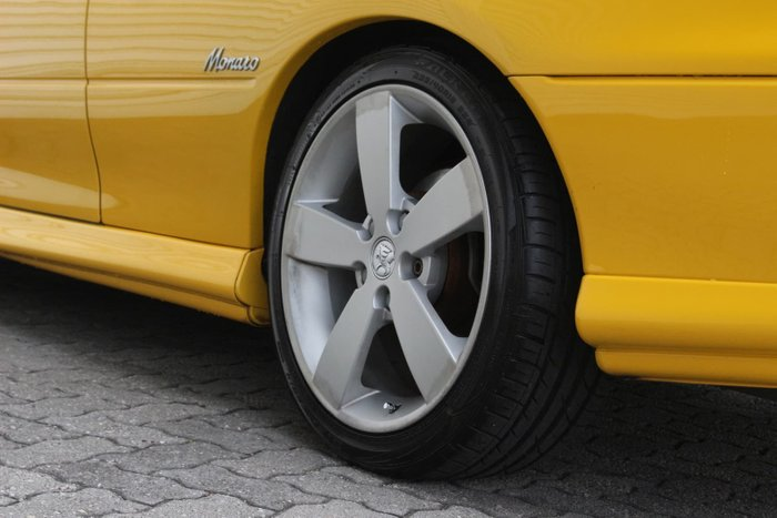 2003 Holden Monaro CV8 V2 Series II Yellow