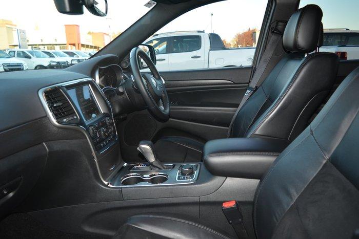 2017 Jeep Grand Cherokee Blackhawk WK MY17 4X4 Dual Range Diamond Black Crystal