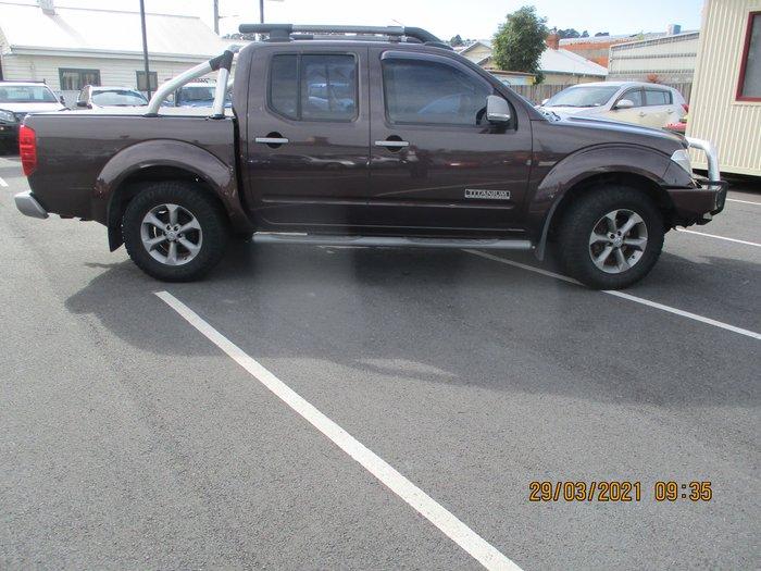 2009 Nissan Navara Titanium D40 4X4 Brown