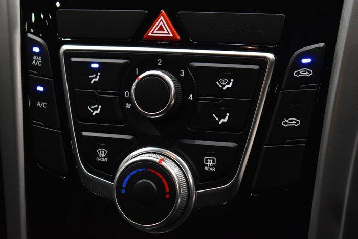 2016 Hyundai i30 Active X GD4 Series II MY17 Phantom Black