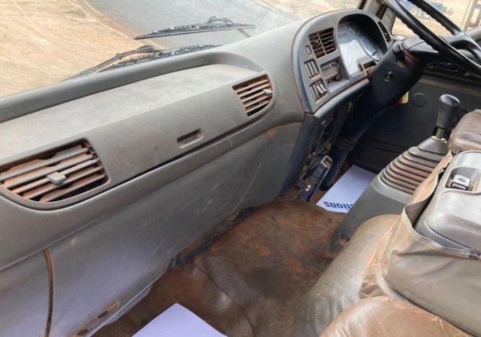 2004 ISUZU FTS 750 WHITE
