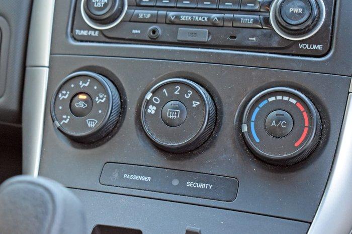 2012 Toyota Corolla Ascent ZRE152R Glacier White