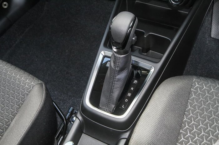 2021 Suzuki Swift GL Navigator Plus AZ Series II White