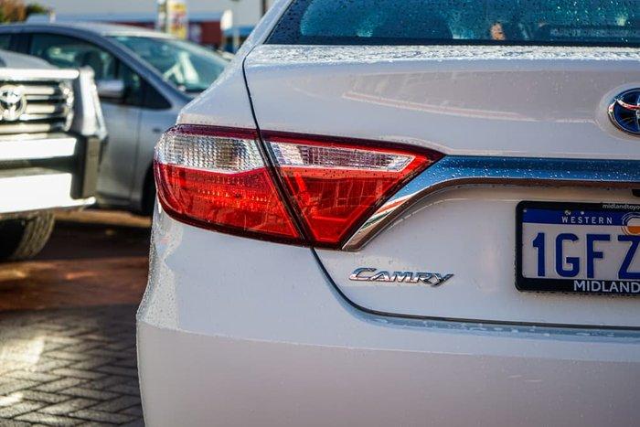 2017 Toyota Camry Altise AVV50R Diamond White