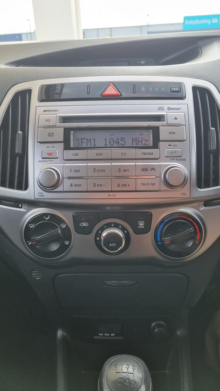 2014 Hyundai i20 Active PB MY14 Electric Red
