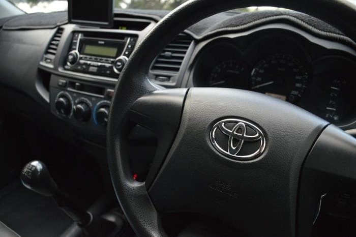 2012 Toyota Hilux Workmate TGN16R MY12 Glacier White