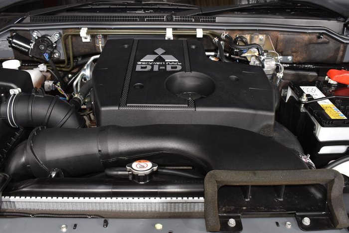 2018 Mitsubishi Pajero Exceed NX MY18 4X4 Dual Range Graphite Grey