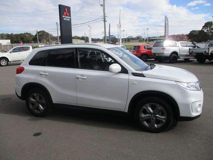 2016 Suzuki Vitara RT-S LY Cool White