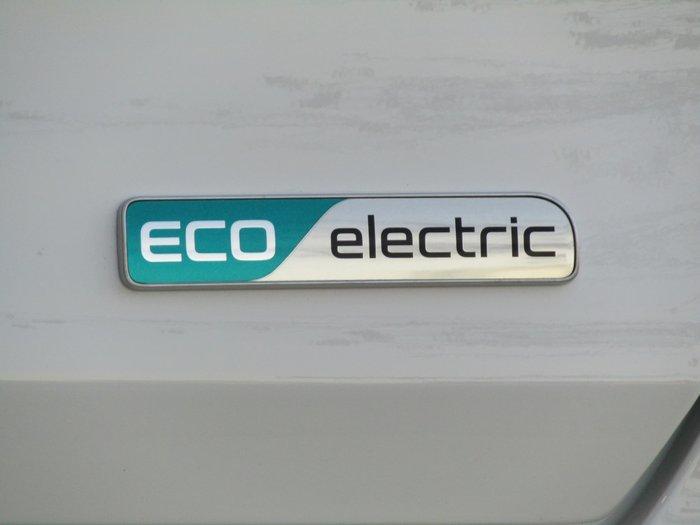 2021 Kia Niro EV S DE Clear White