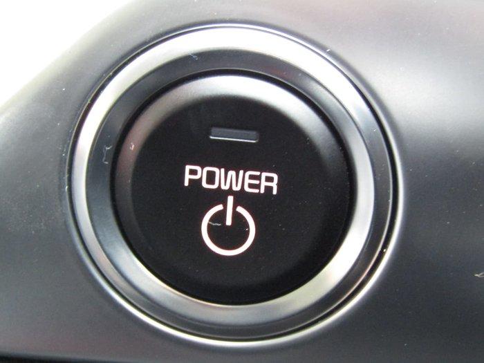 2021 Kia Niro EV S DE MY21 Clear White