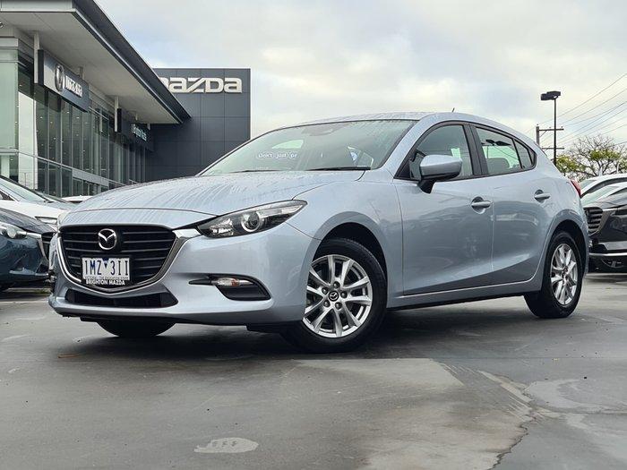 2018 Mazda 3 Neo Sport
