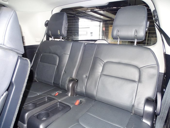 2016 Toyota Landcruiser Sahara VDJ200R 4X4 Dual Range Graphite