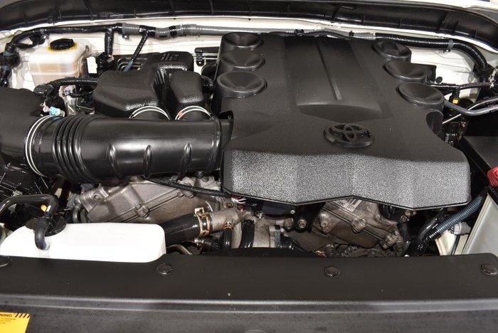 2014 Toyota FJ Cruiser GSJ15R MY14 4X4 Dual Range French Vanilla