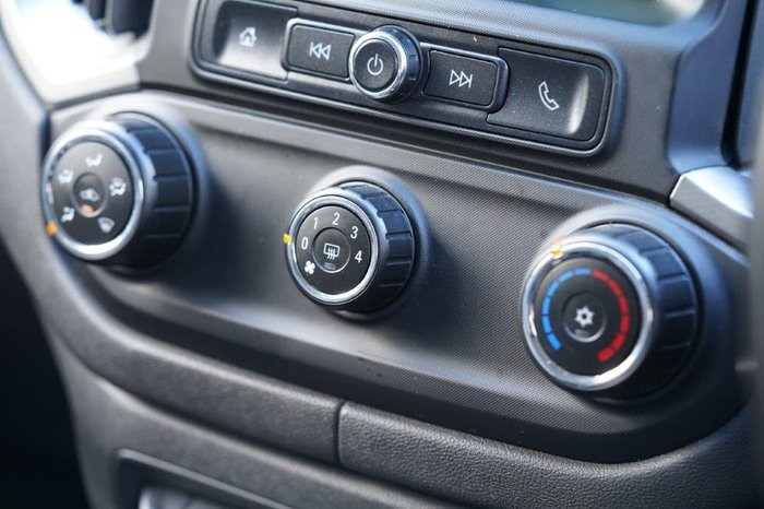 2016 Holden Colorado LT RG MY17 4X4 Dual Range White