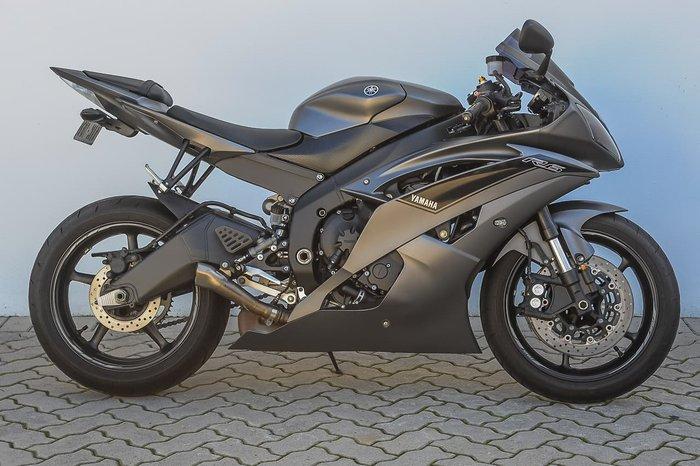 2016 YAMAHA YZF-R6 Black