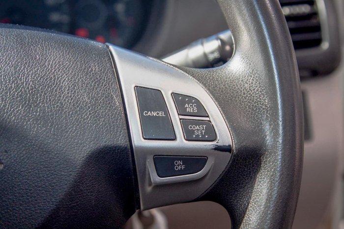 2012 Mitsubishi Triton GLX MN MY12 4X4 Dual Range White
