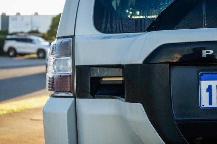 2014 Mitsubishi Pajero Exceed NX MY15 4X4 Dual Range White