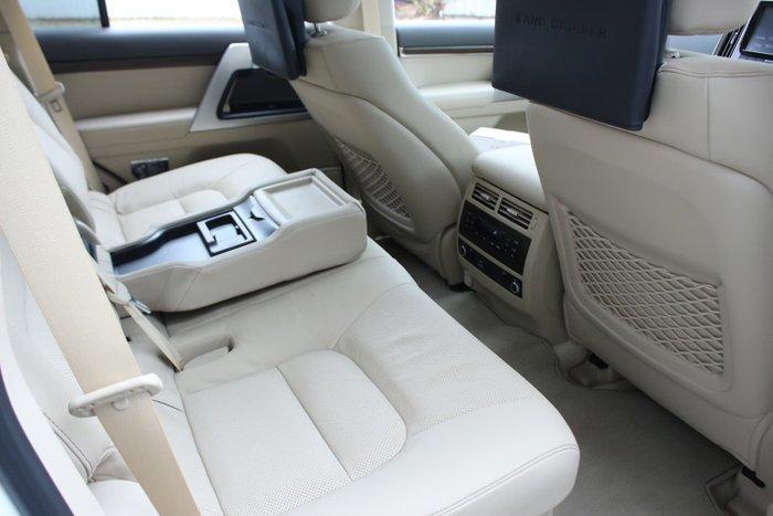 2021 Toyota Landcruiser Sahara VDJ200R 4X4 Dual Range Glacier White