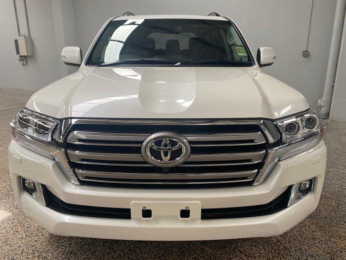 2021 Toyota Landcruiser VX VDJ200R 4X4 Dual Range White