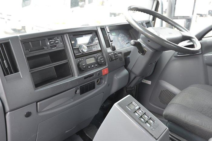 2012 ISUZU FVR 1000 WHITE